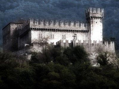 Torriana (RN). Il castello di Montebello.